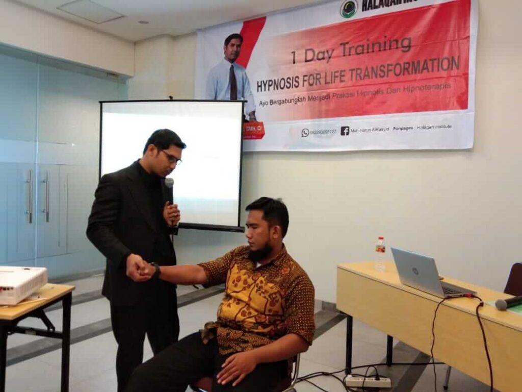 layanan hipnoterapi muhammad harun
